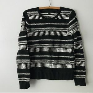 New Banana Republic Black and White Knit Sweater